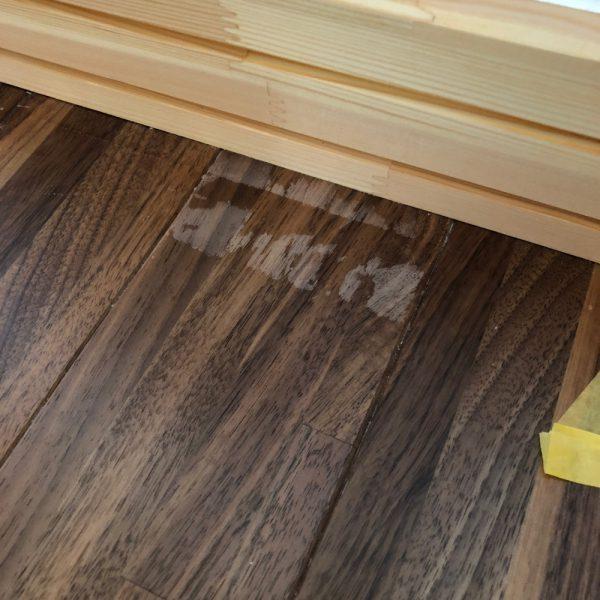 床のトップコート剥がれ直しました